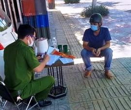 Đà Nẵng: Mượn băng đỏ đi giao thịt bị công an phát hiện