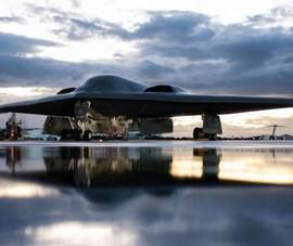 Mỹ đưa ba máy bay ném bom hạt nhân B-2 đến Anh làm gì?