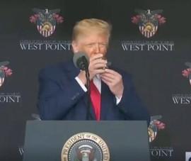 Xuất hiện tin đồn Tổng thống Trump từng đột quỵ