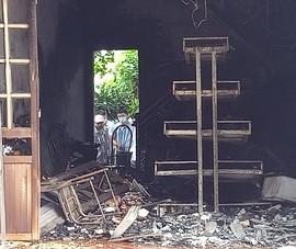2 vợ chồng tử vong trong căn nhà cháy rụi, trên người đàn ông có thương tích