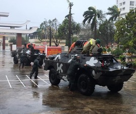 Hàng loạt bệnh viện, trạm y tế Quảng Ngãi tốc mái, hư hại nặng