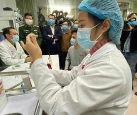 Tiêm thử vaccine COVID-19: Sẵn sàng cho trường hợp xấu nhất
