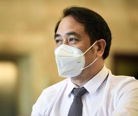 Việt Nam có nên cho bệnh nhân COVID-19 nhẹ điều trị tại nhà?