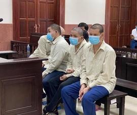 Phạt tù 2 mẹ con xông vào tòa bắt người đưa lên công an