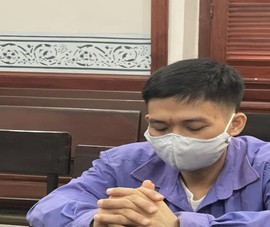 Sát hại ba nuôi của vợ vì thấy chuyện 'vào khách sạn'