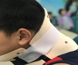 Học nhào lộn trên TikTok, bé trai chấn thương cột sống cổ