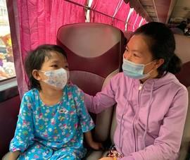 Những chuyến xe 0 đồng đưa bệnh nhân ung thư về quê đón Tết