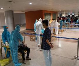 TP.HCM xét nghiệm COVID-19 người từ sân bay Nội Bài, Cát Bi