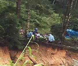 Lũ cuốn 2 du khách mất tích ở Lâm Đồng