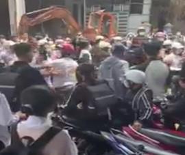 Đắk Lắk: Lại xuất hiện clip học sinh đánh nhau