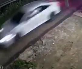 Tông thẳng ô tô làm 4 người thương vong sau mâu thuẫn đất đai