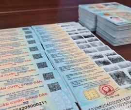 Bình Dương trả lời thắc mắc của dân về giá cước trả thẻ CCCD