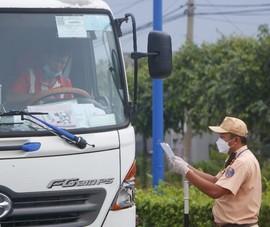 Nóng: Bình Dương tạm ngưng áp dụng cấp giấy thông hành cho người dân