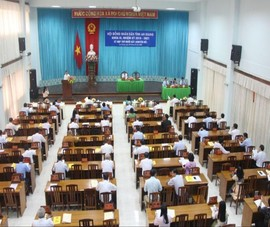Miễn nhiệm Chủ tịch Hội đồng nhân dân tỉnh An Giang