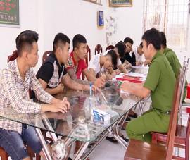 Nhóm thanh thiếu niên đập phá quán buffet ở Vĩnh Long
