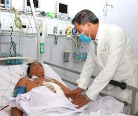 Hút 3 lít máu loãng cứu sống bệnh nhân thập tử nhất sinh