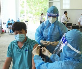 Trà Vinh: Số mũi tiêm vaccine phòng COVID-19 đạt 103% số lượng thực tế nhận