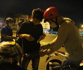 Thanh niên đua xe 'thách thức' công an quận Bình Tân