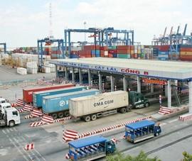 TP.HCM chính thức lùi thời gian thu phí cảng biển vì COVID-19