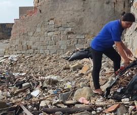 Xác minh thông tin quán cà phê vứt bao rác xuống biển Vũng Tàu