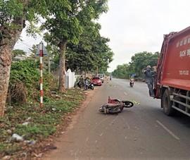 2 thiếu niên tử vong vì tông xe vào gốc cây