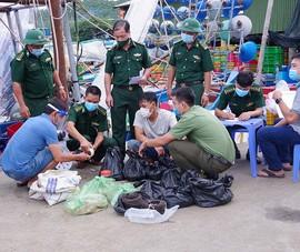Biên phòng Bà Rịa- Vũng Tàu bắt giữ 45kg thuốc nổ TNT trên tàu cá