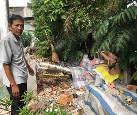 Lấn rạch xây nhà, làm ô nhiễm cả khu dân cư