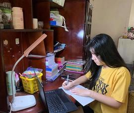 Ngày đầu học trực tuyến: Khó đăng nhập vì mạng chập chờn