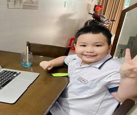 Khóc cười học online: Cô hỏi nghe rõ không, trò nói nghe không rõ