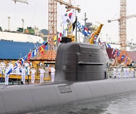 Hàn Quốc lần đầu phóng thành công tên lửa đạn đạo từ tàu ngầm