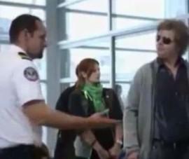 Toát mồ hôi khi bị cảnh sát hỏi thăm được xem nhiều nhất