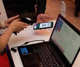 Siêu thị cho phép khách hàng thanh toán bằng QR Code