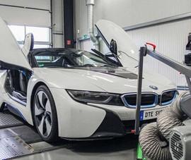 Độ lại BMW i8 mạnh hơn cả siêu xe