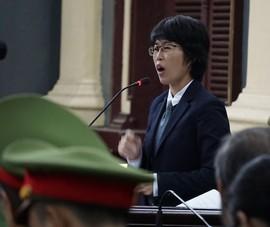 Tranh cãi nảy lửa giữa luật sư  bị cáo và Công ty Phương Trang