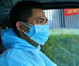 Ảnh: Chuyến 'đưa cơm' cho bác sĩ của tài xế xe 0 đồng