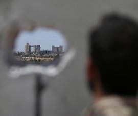 Quân Syria, Thổ Nhĩ Kỳ cùng kéo vào Manbij, nguy cơ đối đầu