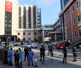 Cháy nổ bệnh viện, 10 bệnh nhân COVID-19 thiệt mạng