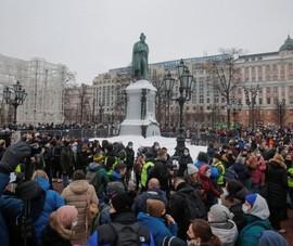 Nga tố Mỹ khuyến khích vụ 40.000 người biểu tình ở nước mình