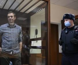 Vụ Navalny: Ukraine kiện Nga, ông Biden chuẩn bị áp trừng phạt