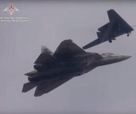 Cặp sát thủ Su-57 và Hunter-B của Nga đem đến 'ác mộng' cho Không quân Mỹ?