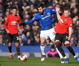 VAR 'cứu thua' phút cuối, MU nhọc nhằn có điểm trước Everton