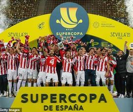 Messi nhận thẻ đỏ, Barca nhìn Bilbao lên ngôi vô địch
