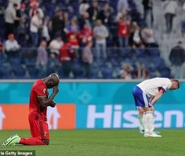 Lukaku khóc khi nghe tin sự cố của Eriksen