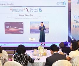 Ra mắt thẻ liên kết Vietnam Airlines và Standard Chartered