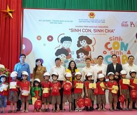 """Chương trình giáo dục cộng đồng """"Sinh con-Sinh cha"""" ở Bắc Ninh"""