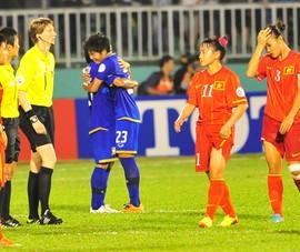 """Bóng đá nữ Việt Nam lỗi hẹn sân chơi thế giới: """"BUỒN"""""""