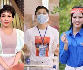 Việt Hương, Nguyên Khang, Hoa hậu Đỗ Thị Hà tặng giường xếp, quà, rau củ quả