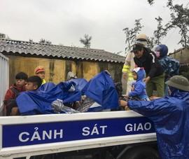 Quảng Trị, Huế cấp tốc sơ tán dân tránh bão số 13