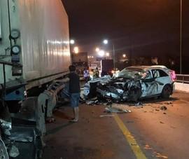 Tai nạn liên hoàn, tài xế xe ô tô con tử vong