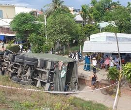 Ô tô biển số quân đội lao xuống vực, hai người tử vong